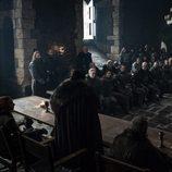 Jon Nieve, de espaldas, en el salón de Invernalia en la séptima temporada de 'Juego de Tronos'