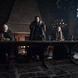 Jon Nieve, Sansa Stark y Sir Davos en la séptima temporada 'Juego de Tronos'