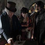 Amelia, Alonso y Pacino conocen a Goya en 'El Ministerio del Tiempo'
