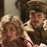 Julia y Fidel a cubierto en 'Tiempos de guerra'