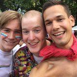 Parte del reparto de 'Skam' en el Oslo Pride