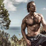 Sam Heughan posa sexy y semidesnudo para Men's Health South África