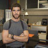 Alfonso Bassave (David Aranda) posa para las fotos promocionales de 'Estoy vivo'