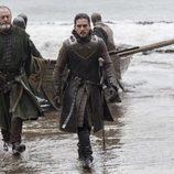 Jon Nieve y Sir Davos llegan a Rocadragón en el 7x03 de 'Juego de Tronos'
