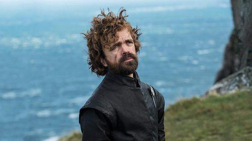 Tyrion Lannister en la costa de Rocadragón en el 7x03 de 'Juego de Tronos'
