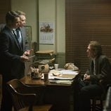 Jonathan Groff (Holden Ford), Holt McCallany (Bill Tench) y Cotter Smith (Shepard) en 'Mindhunter'