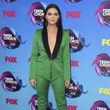 Katie Stevens en los Teen Choice Awards 2017