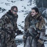 Beric Dondarrion y Jon Nieve en el 7x06 de 'Juego de Tronos'