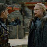 Jaime Lannister y Brienne Tarth en el 7x07 de 'Juego de Tronos'