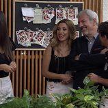 Carlos Sobera y Lidia Torrent junto a Natalia en 'First Dates'