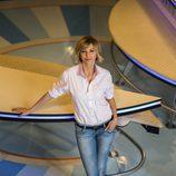 Susanna Griso posa en el plató de 'Espejo público'