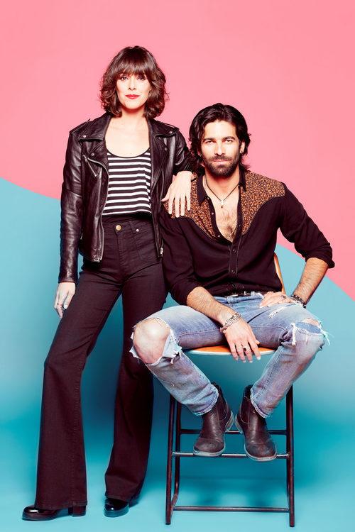 Belén Cuesta y Rubén Cortada en las fotos promocionales de 'Ella es tu padre'