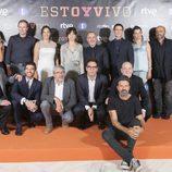 El equipo de la serie 'Estoy vivo' posa en la IX edición del FesTVal