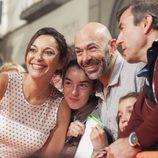 Cristina Plazas, de 'Estoy vivo', posa junto a sus fans en el FesTVal