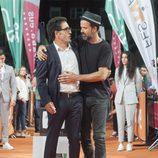 Pau Donés y Daniel Écija se miran fijamente en el estreno de 'Estoy vivo' durante el FesTVal