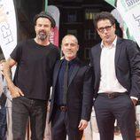Pau Donés, Javier Gutiérrez y Daniel Écija posan en el FesTVal en la inauguración de 'Estoy vivo'