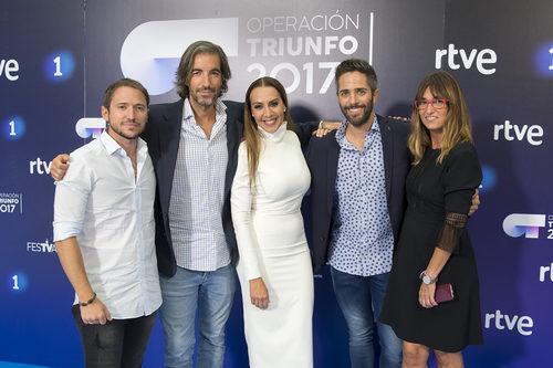 Manuel Martos, Joe Pérez-Orive, Mónica Naranjo, Roberto Leal y Noemí Galera, el equipo de 'OT 2017'