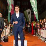 Cristóbal Suárez en la alfombra naranja del FesTVal para la presentación de 'Tiempos de guerra'