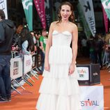 Alicia Rubio en la alfombra naranja del FesTVal para la presentación de 'Tiempos de guerra'