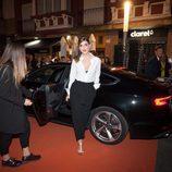 Manuela Velasco, de 'Traición', se baja del coche en la alfombra naranja del FesTVal