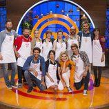 Los doce concursantes de 'MasterChef Celebrity 2' posan juntos