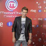 Carlos Baute sonríe en la presentación de 'MasterChef Celebrity 2'