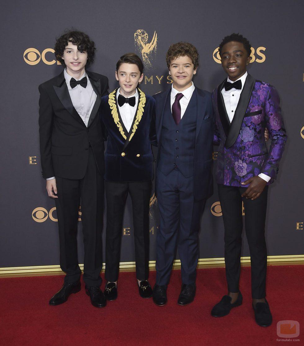 Los actores de 'Stranger Things' en la alfombra roja de los Emmy 2017