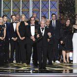 Lorne Michaels y el equipo de 'Saturday Night Live' en los Emmy 2017