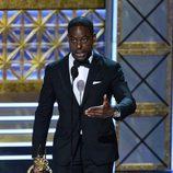 Sterling K. Brown da su discurso en los Emmy 2017