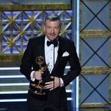 Charlie Brooker da un discurso en los Emmy 2017