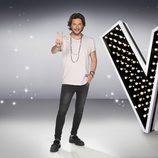 Manuel Carrasco posando en una foto promocional de 'La Voz 5'