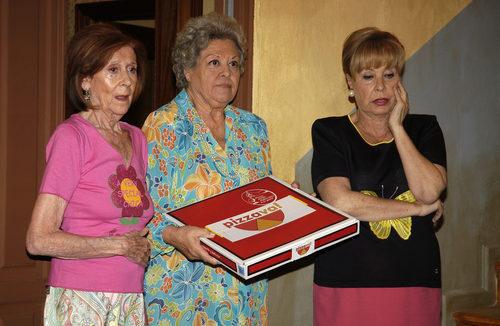 Mariví Bilbao, Gemma Cuervo y Emma Penella en 'Aquí no hay quien viva'