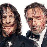 Norman Reedus y Andrew Lincoln ('The Walking Dead') con sangre en la cara