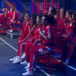 Los concursantes de 'GH Revolution' sentados en la zona de pruebas