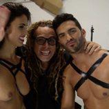 Suso Álvarez, Sofía Suescun y Torito en la sesión de fotos para Primera Línea