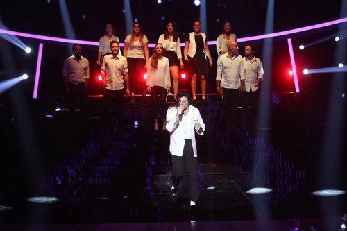 Blas Cantó imita al rey del pop en 'Tu cara me suena 6'