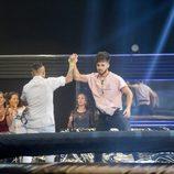 Carlos y Rubén celebran su victoria en la prueba de la cuarta gala de 'GH Revolution'