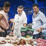 Rubén, Carlos y MIguel decidiendo qué recompensa coger en 'GH Revolution'