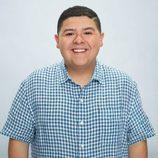 Rico Rodríguez, protagonista de 'Modern Family', posando para la promoción de la novena temporada