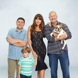 La familia Pritchett de 'Modern Family', posando para la promoción de la novena temporada