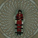 Tokio amordazada en una camilla en 'La Casa de Papel'