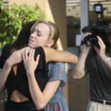 Andrea Bowen y Teri Hatcher en 'Bang'