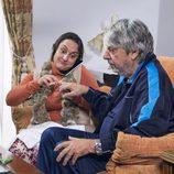 Clara, la sobrina de las Morcillo, cuida de Vicente Maroto en el quinto episodio de la décima temporada de 'La que se avecina'