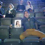 Amador Rivas va al cine con su acompañante virtual en el quinto episodio de la décima temporada de 'La que se avecina'