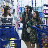 Lola, Yoli y Clara, de compras en el quinto episodio de la décima temporada de 'La que se avecina'