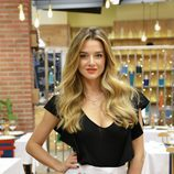 Yulia Demoss en el nuevo restaurante de 'First Dates'