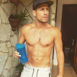 Albert Álvarez ('MYHYV'), sin camiseta, antes de salir a correr