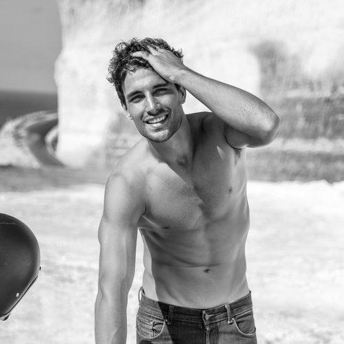 Jaime Astrain, nuevo colaborador de 'El chiringuito de Jugones', sexy en blanco y negro