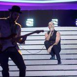 Miquel Fernández interpreta a Bono de U2 en la gala 7 de 'Tu cara me suena'