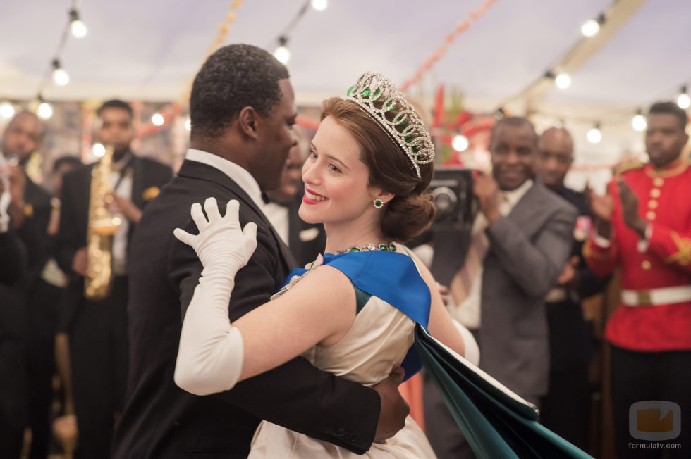 Isabel y Nkrumah en la segunda temporada de 'The Crown'